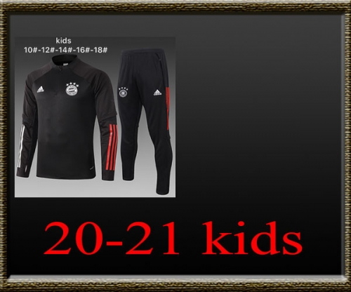 2020-2021 Bayern Kids Training clothes